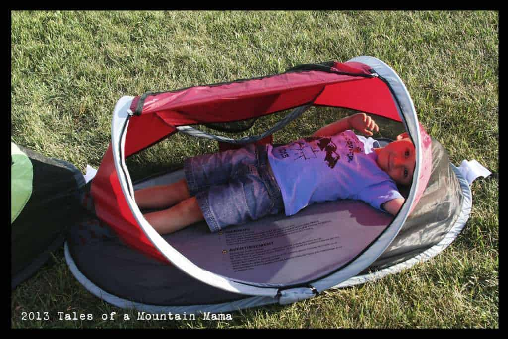 J in the PeaPod - showing how it is too small for a 4 year old & Kid-Cou0027s new 2013 PeaPod and PeaPod Plus Comparison - Tales of a ...