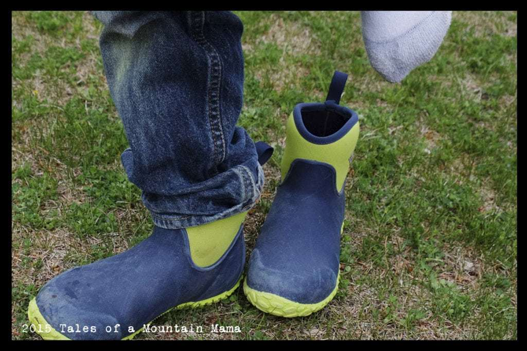 O.F.F. MUCK boots for Kids + Giveaway