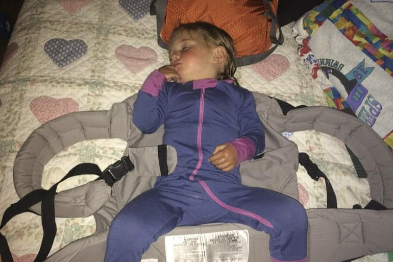 10 Ways to Help Kids Sleep While Camping