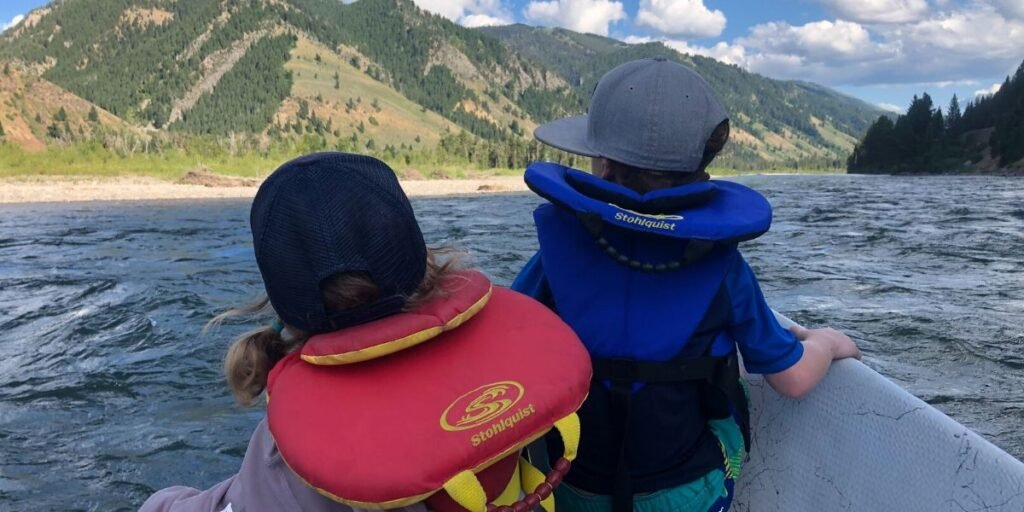 get kids to wear life jackets