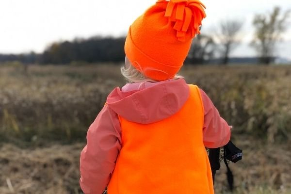 Hiking Safety Tips for Fall - wear bright colors